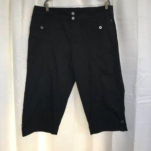 Style & Co Black Capri